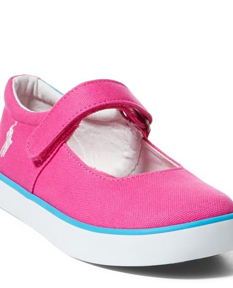 Pamela Canvas Sneaker
