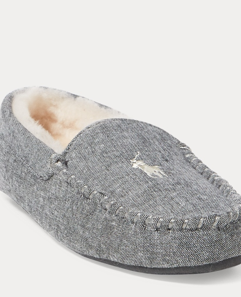 Dezi II Moccasin Slipper