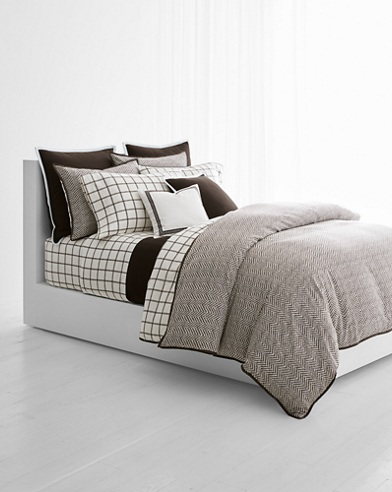 Dorian Bedding Collection