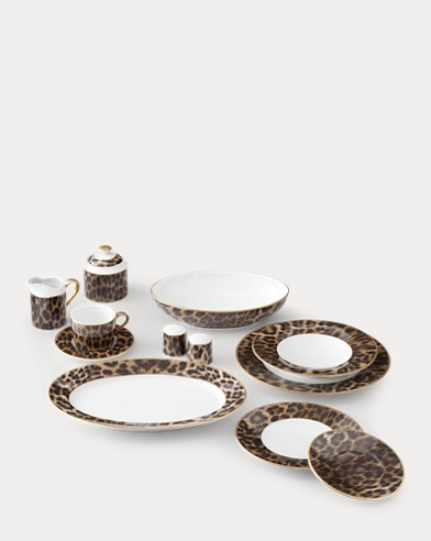 Hutchinson Dinnerware Collection